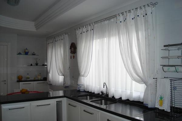 cortinas-modernas-para-cozinha-4