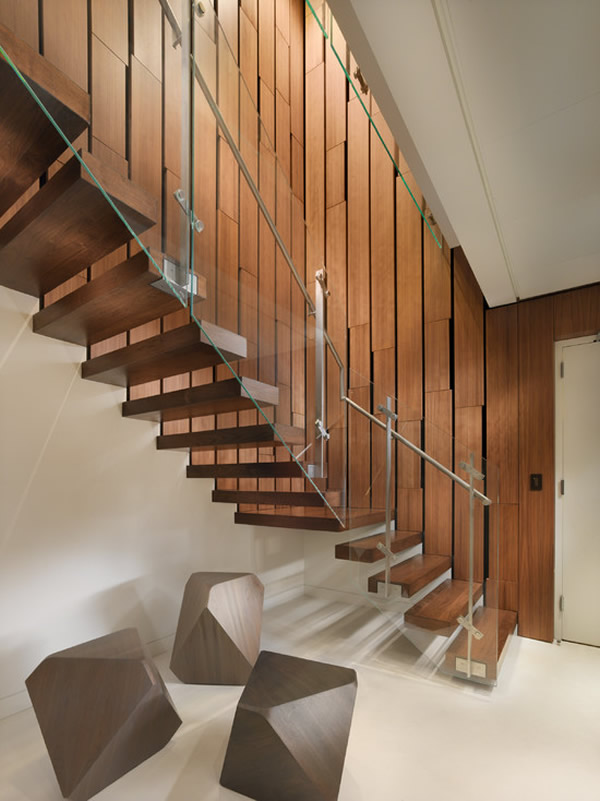 Escada de madeira 11