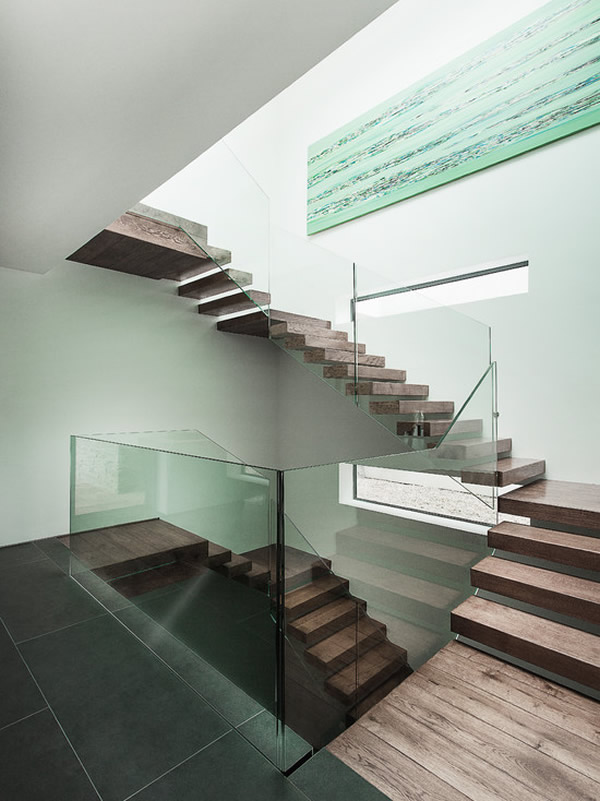 Escada de madeira 13