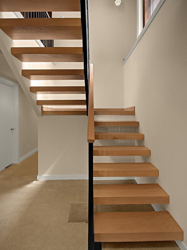 Escada de madeira 17