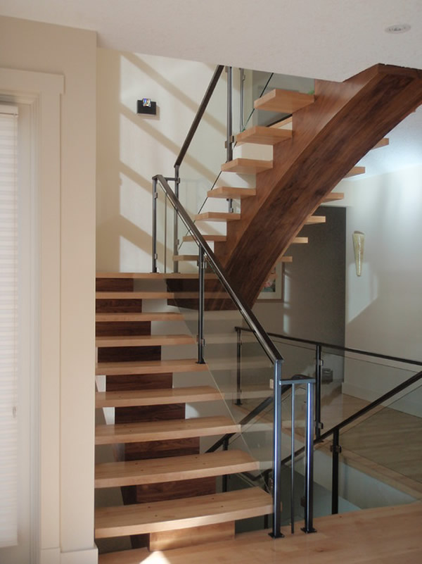 Escada de madeira 39