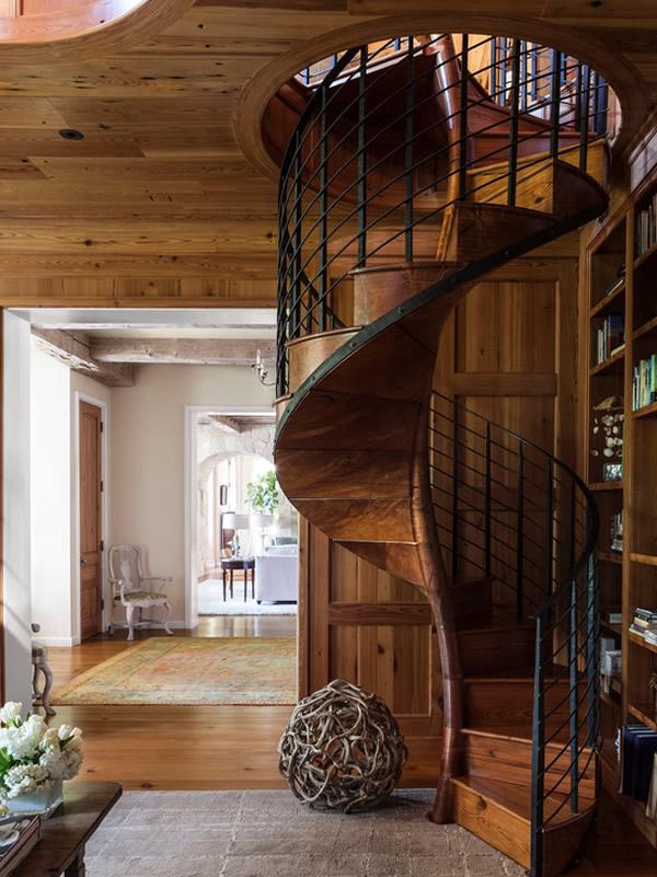 Escada de madeira 4