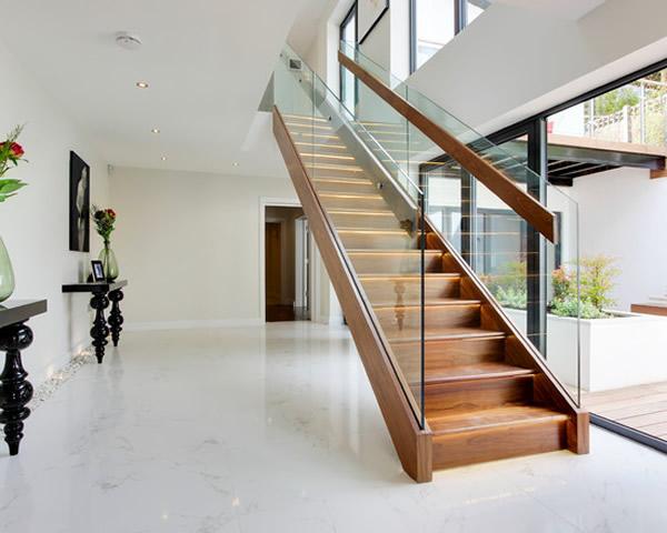 Escada de madeira 40