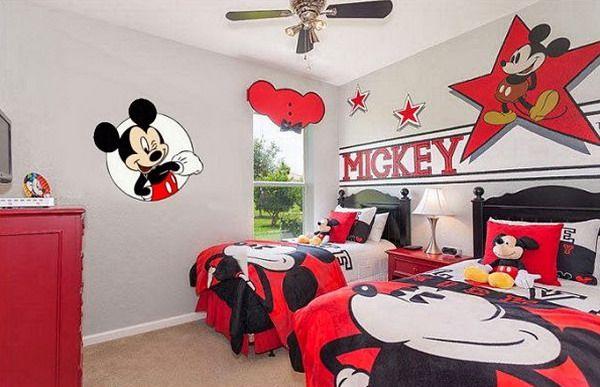 Quarto Mickey 14