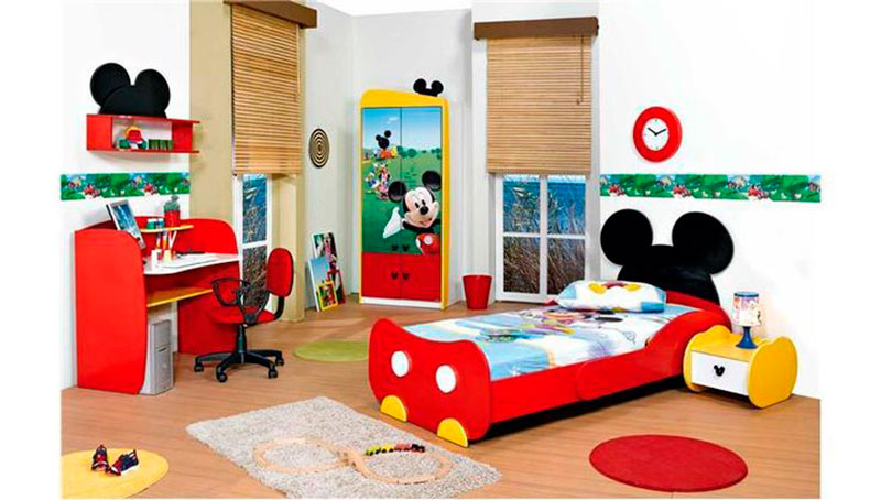 Quarto Mickey 5