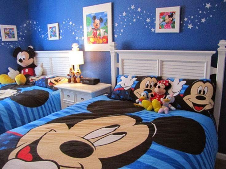 Quarto Mickey 9