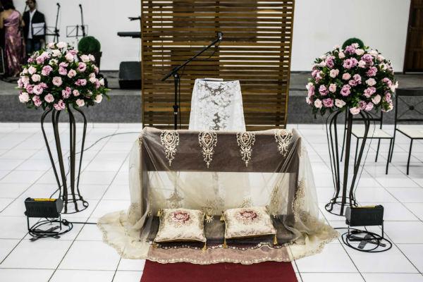 Decoraç u00e3o de Igreja Evangélica Dicas e Fotos para sua decoraç u00e3o -> Decoração Simples Para Festividade De Igreja Evangelica