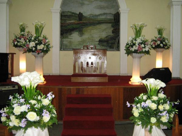 Decoração de Igreja Evangélica com tulipas