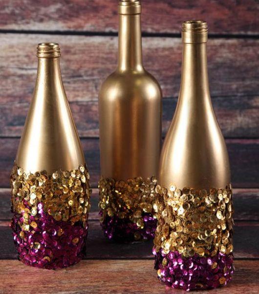 garrafa decorada com lantejolas