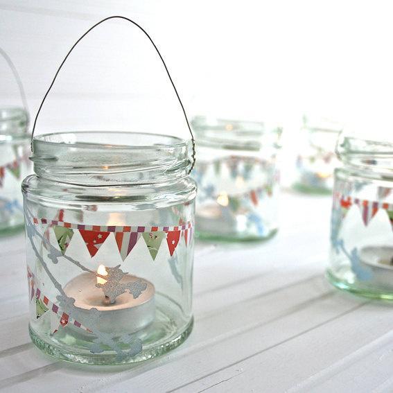 Lembrancinhas no pote: porta-velas deixam o ambiente mágico