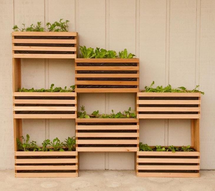 Horta vertical veja ideias para criar uma horta na sua casa for Fioriera verticale ikea